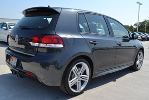 2013-VW-golf_r-4door